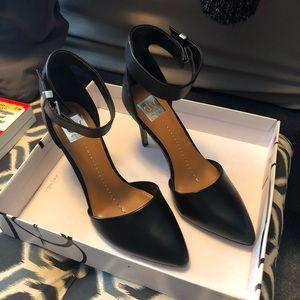 Black leather heels dolce vita